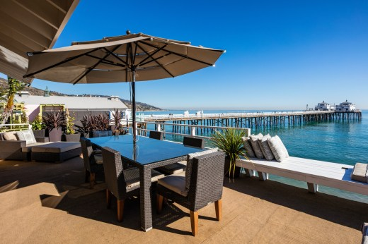 malibu-dream-house-malibu-pier-real-estate-california-beach-front-homes-7-18-2016-5