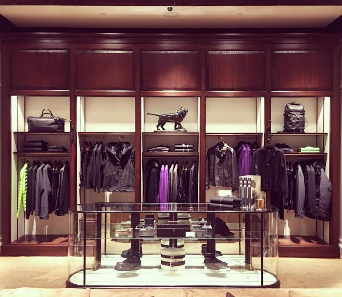 The Ralph Lauren Flagship Store on Rodeo Drive in Beverly Hills is Really Nice