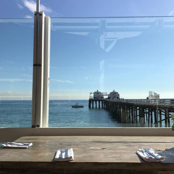 malibu-farm-cafe-on-the-pier-by-amazzonkane-12-1-2016-1