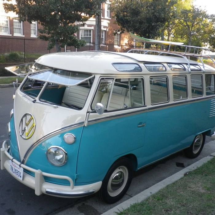 1963 Volkswagen Vanagon VW Bus with 23 Windows