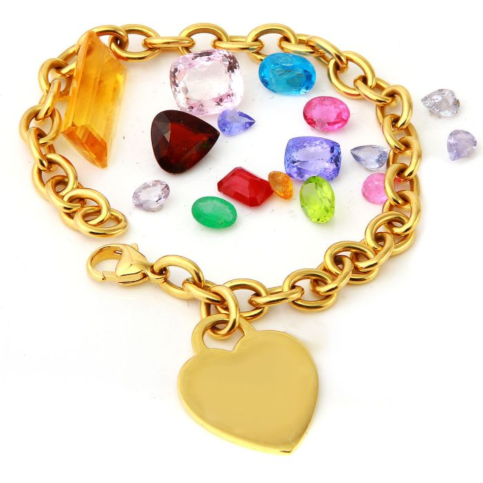 Vintage TIFFANY & CO. Solid 18K Yellow Gold Heart Charm Bracelet