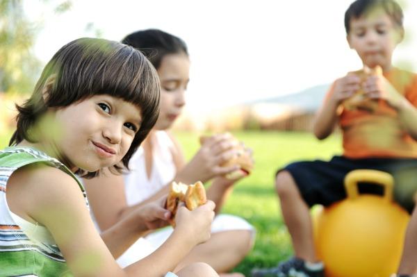 Pravilna ishrana dece sportista, dečji sport, zdrava hrana
