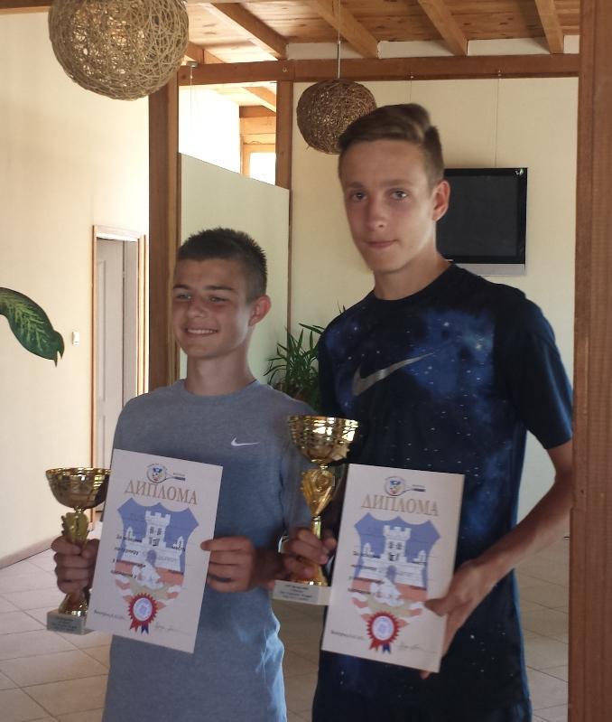 Dimitrije Zubac i Stefan Spasojević, finalisti, Otvoreno prvenstvo Beograda do 14 godina u tenisu, Teniski klub Victoria