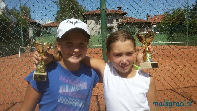 Tijana Sretenović, Nina Zabrdac, Teniski klub Top Ten Vinča