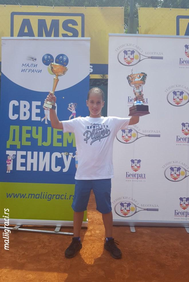 Iva Lakić, 11. Teniske Nade do 10 godina 2018, Trofej Beograda, Teniski klub Haron Beograd, Champions Bowl by Wilson