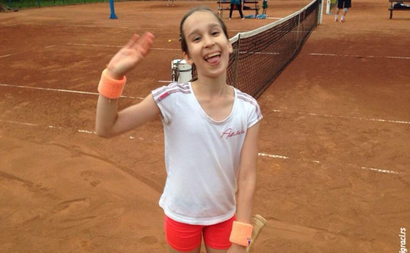 Mala teniserka Gala Ilić, Teniski klub Classics Beograd