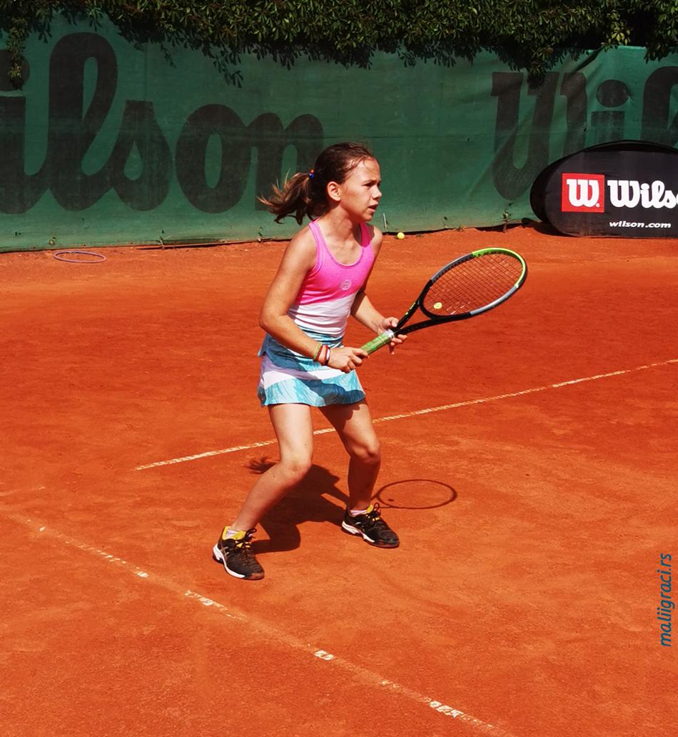 Mala teniserka Hana Ilić, Teniski klub Topako Beograd