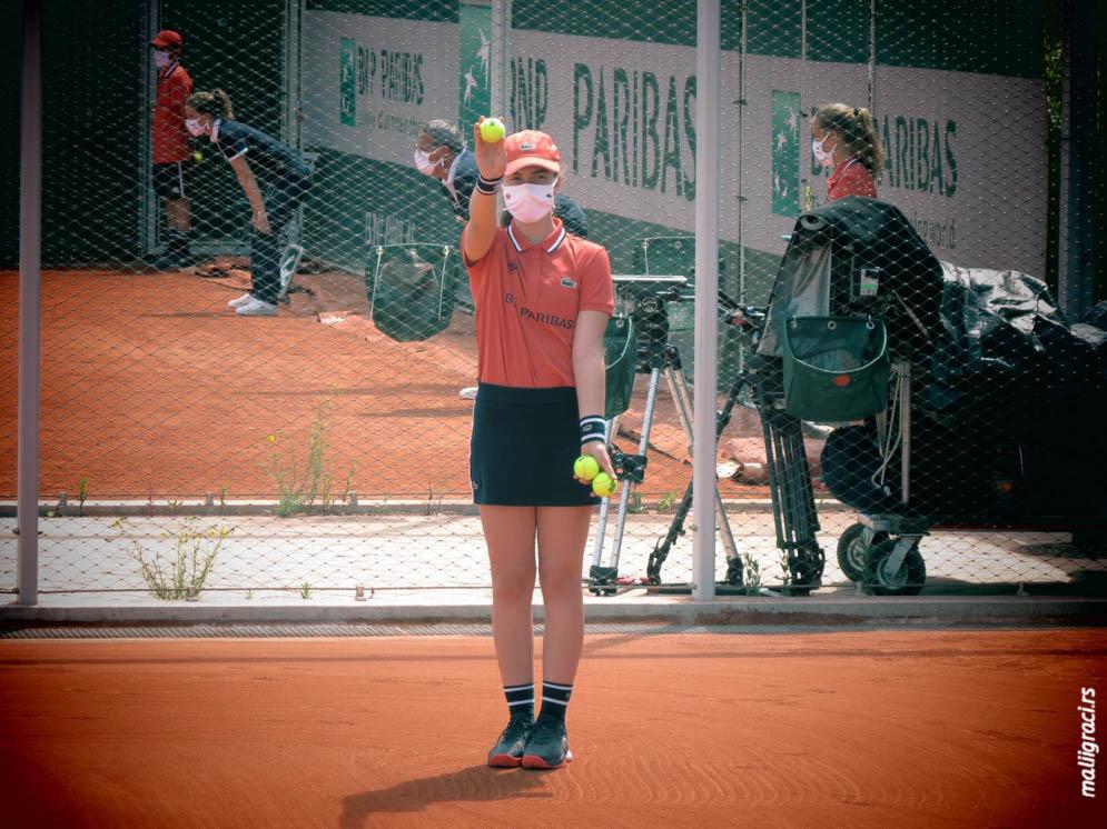 Rolan Garos iz ugla skupljača loptica, Nađa Žmukić za Male igrače iz Pariza, Rolland Garros
