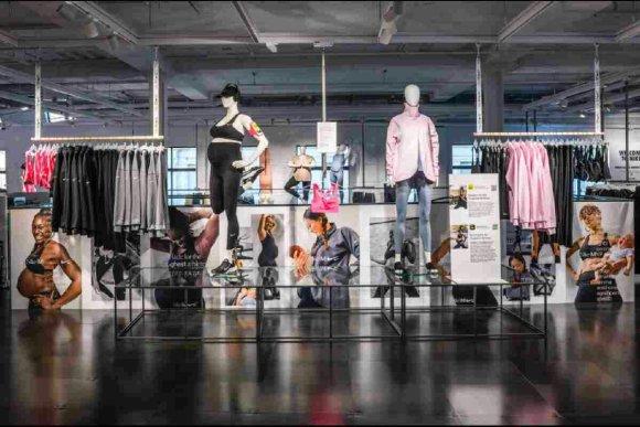 Nike (M) Maternity en magasin