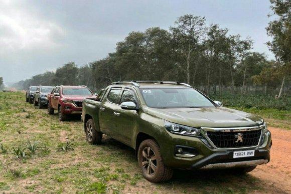 Image de face du LandTrek de Peugeot