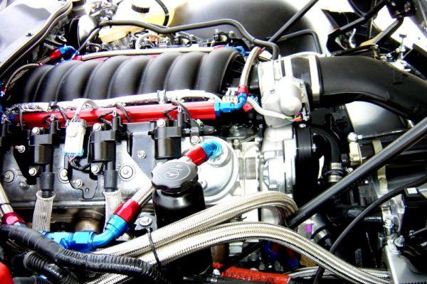 Mallett-GT4-Racer-12