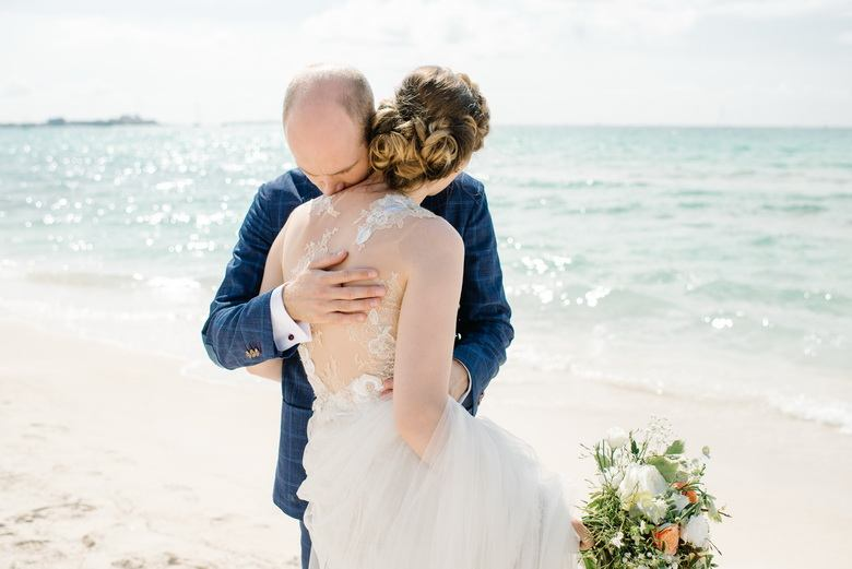 simply-perfect-boho-chic-inspired-beach-wedding-in-majorca-mallorca-boutique-weddings-2018-1