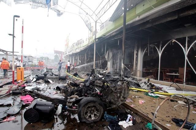 090517 atendado bomba supermercado tailandia 4