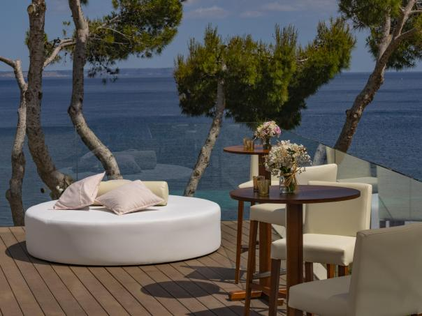 Ibiza white chillout furniture