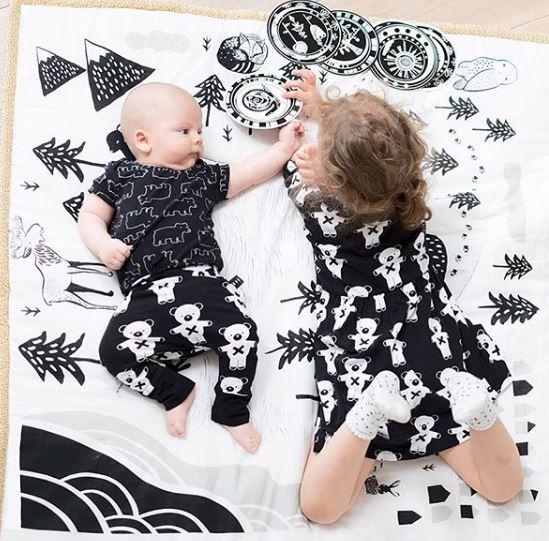 mantitas para bebes, colores para dormitorios de bebe, pintar cuarto de bebe, montessori, maloo studio