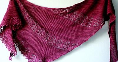 Nurlumintu , châle au tricot pour l'automne