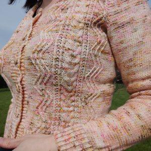 Bellis cardigan - gilet pour femme au tricot - Maloraé designs