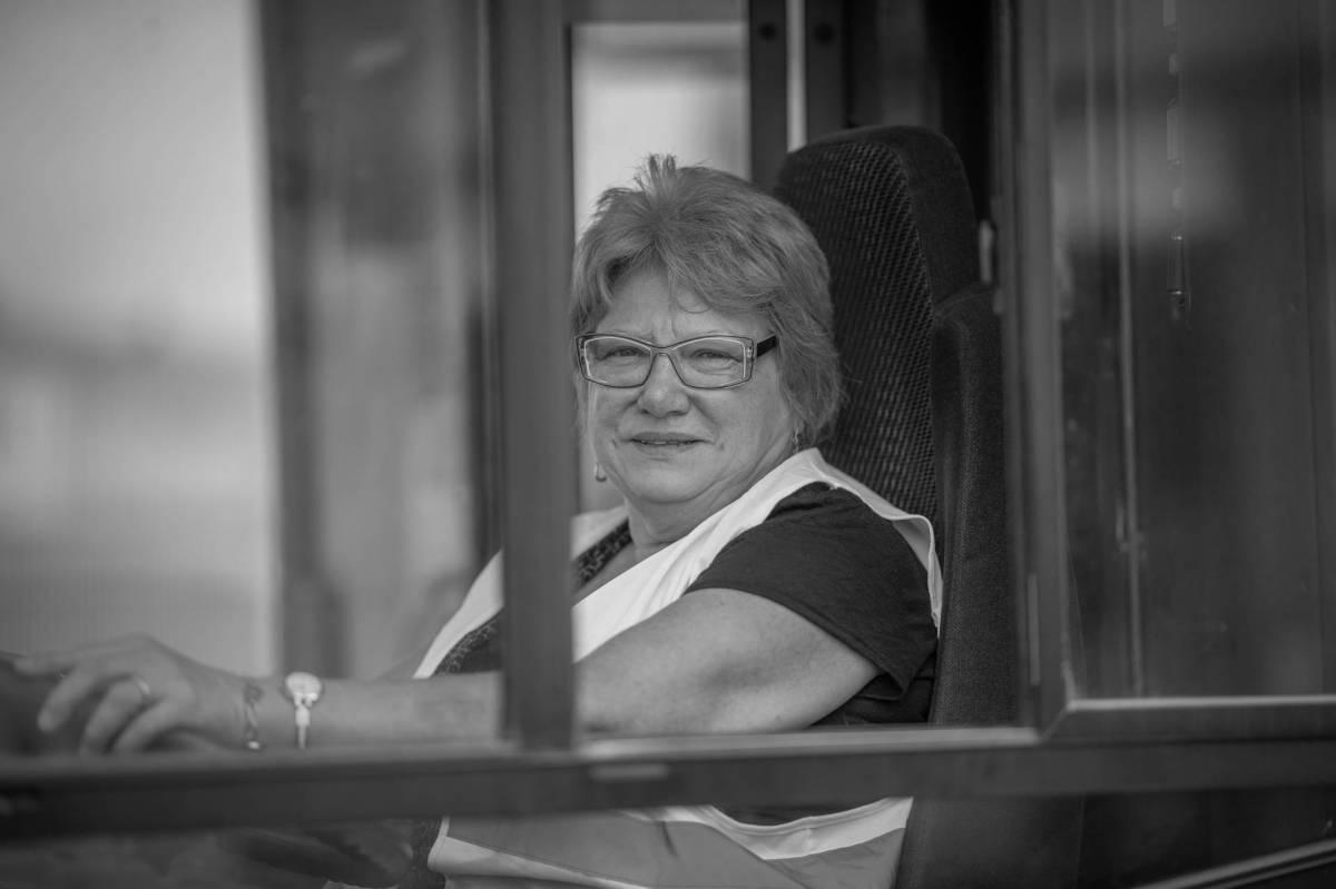 Jeannine, buswoman des plages