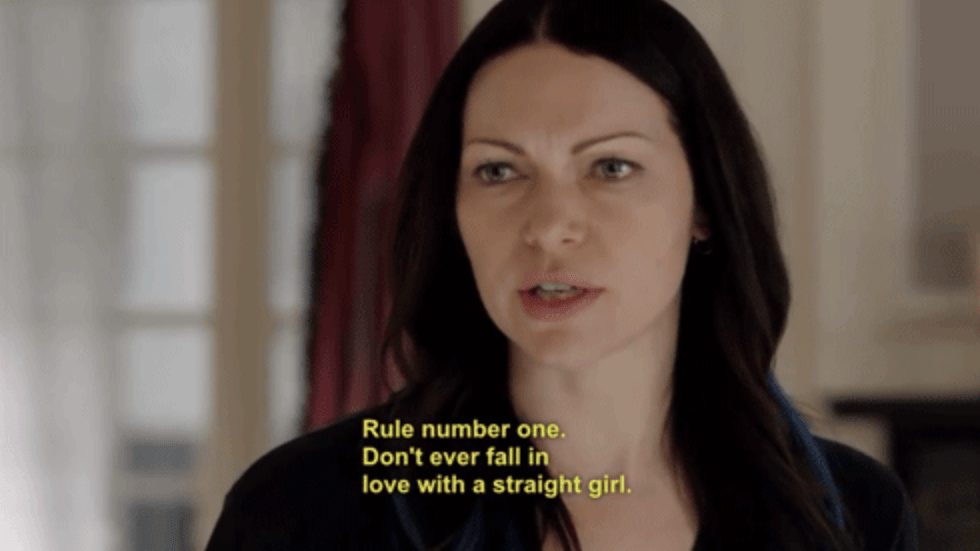 Lesbian getting a straight girl off