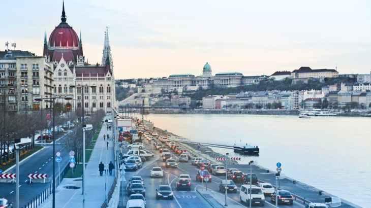 日本と共通点の多いハンガリー。ソロバンが有名なり、日本企業も活躍している。
