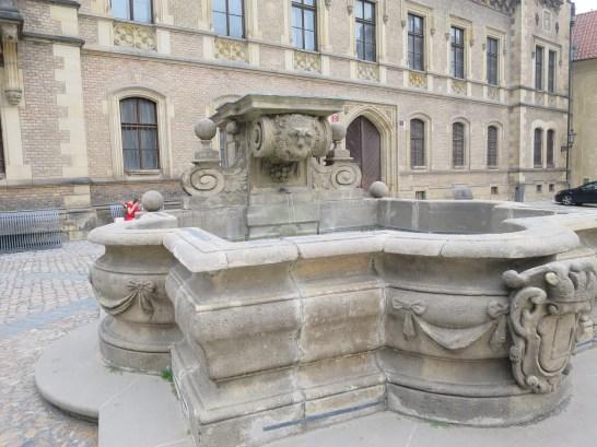 プラハ城内2