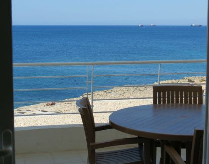 Waters Edge Complex C2 – 3 Bedroom Maisonette facing the open blue Med!