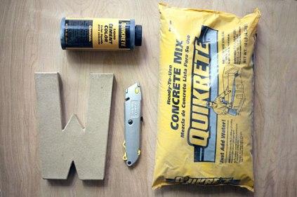 DIY_concrete_letter2