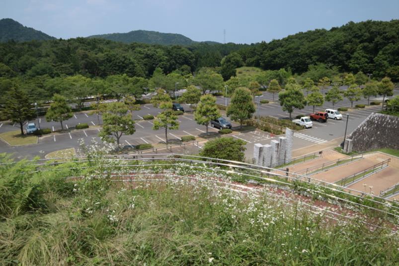 茨城県笠間市笠間芸術の森公園東ゲート駐車場