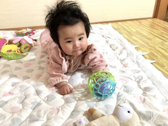 ワンオペ二人目育児の必需品と便利な育児グッズ リビングで過ごす時 あると便利 ベビーマット プレイマット