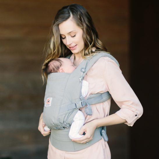 こんな抱っこひも欲しかった!エルゴの新作・ADAPTは新生児からずっと使える、最強の抱っこ紐