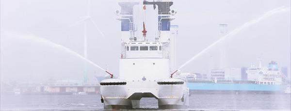 横浜開港祭放水艇