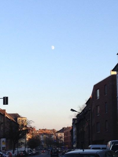 """""""Der Mond ssseint!"""" Informierte uns Kind2. Wo er Recht hat, hadderecht."""