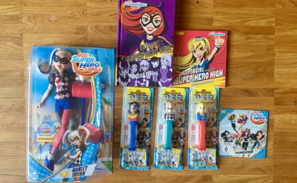 Fanpaket Super Her Girls von Warner Bros Give away - Familienblog Mama notes