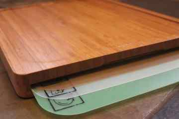 Seville Classics Easy-to-Clean Bamboo Cutting Board and 7 Color-Coded Flexible Cutting Mats Review