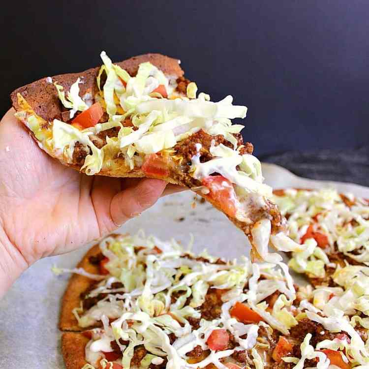 This delicious Low Carb Taco Pizza brings two traditionally high carb favourites together to create an epic guilt free meal.