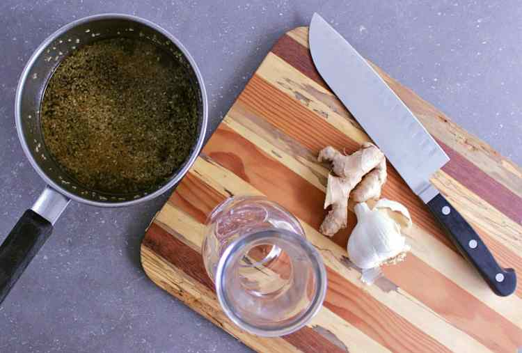 Perfect for chicken, salmon or beef, this Low Carb Teriyaki Sauce and Marinade is simple, easy and absolutely delicious!