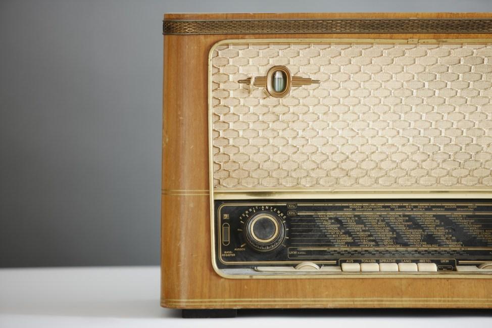 Antique Radio - present