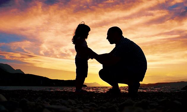 Fiți părinții copiilor voștri, nu prietenii lor. Prieteni vor avea o mie, nu le luați părintele care e unul singur