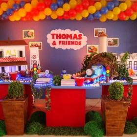 decoração de aniversário Thomas e seus amigos