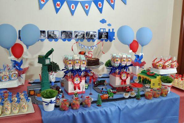 decoração infantil thomas and friends
