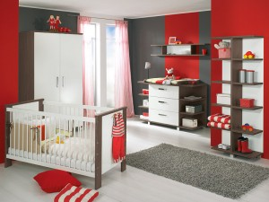white-and-wood-baby-nursery-furniture-sets-by-Paidi-1