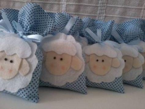 Sachê decorado com feltro de ovelhinha