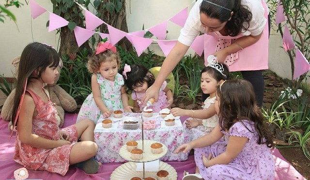 Brincadeiras lúdicas e divertidas para festa infantil
