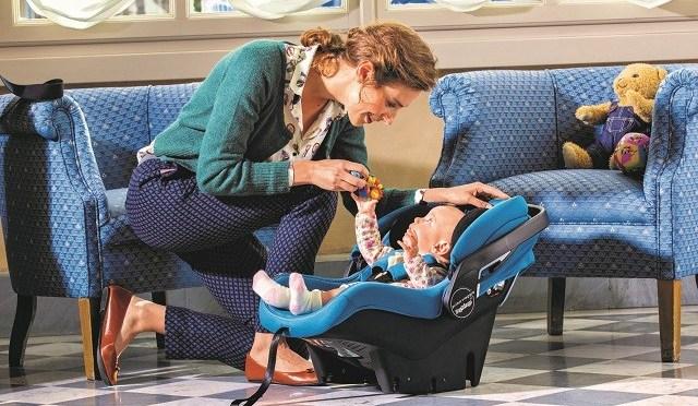 Para não errar: o que conferir na hora de comprar o bebê conforto e o carrinho