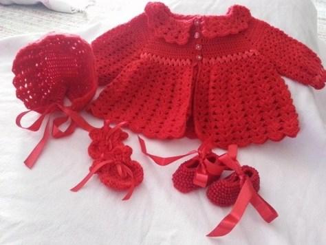 conjuntinho vermelho em crochê para bebês