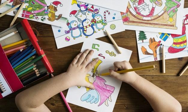 7 Brincadeiras Antigas Para Ensinar ao Seu Filho