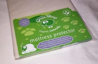 The Little Green Sheep mattress protector