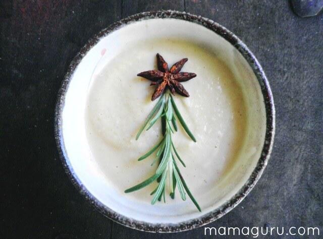 Roasted Cauliflower and Garlic Soup