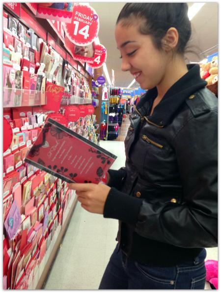 Hallmark Rewards #ValentineCards #shop #cbias 11.1