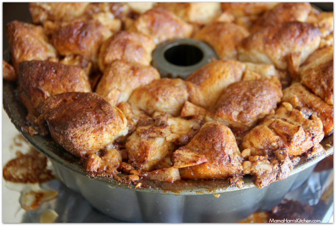 Caramel Apple SNICKERS® Monkey Bread
